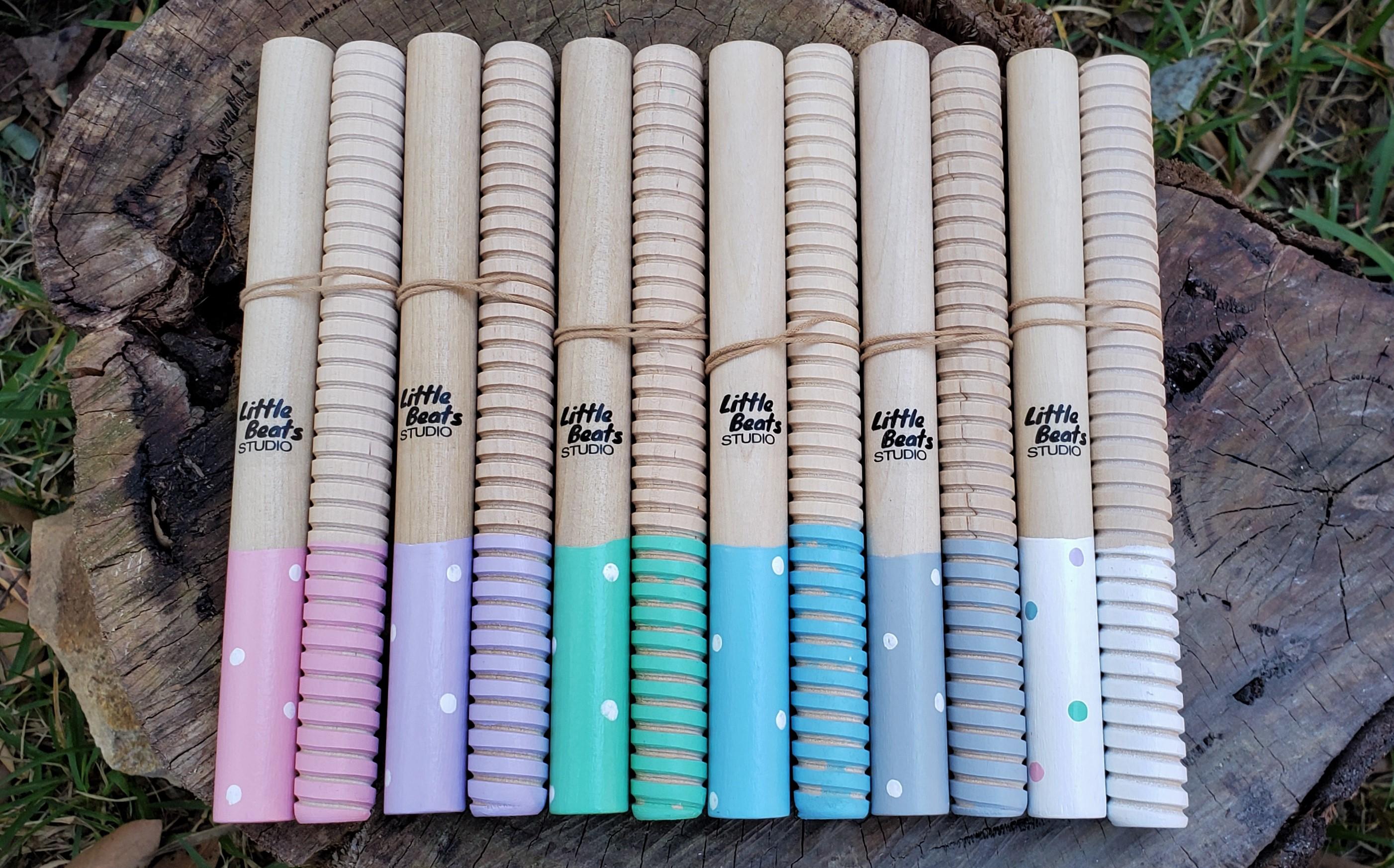 Tapping sticks – Dotty Dip